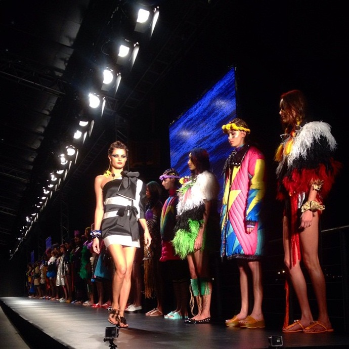 desfile wanna be carioca