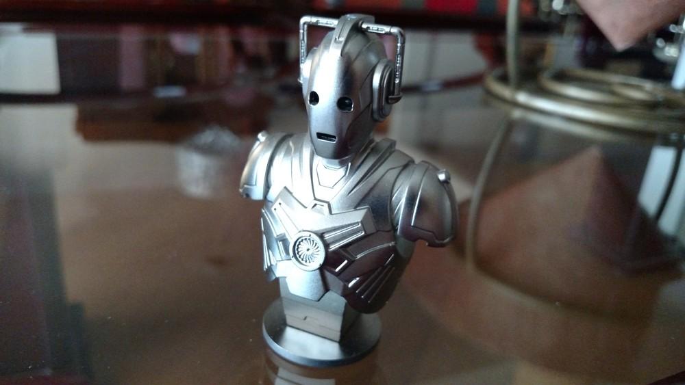 cyberman miniatura 2